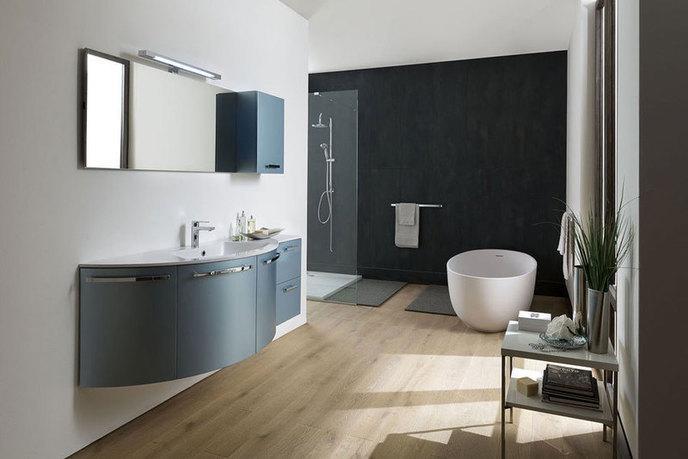 Nice arredo bagno bagno mobili e accessori arredamento for Complementi d arredo per bagno