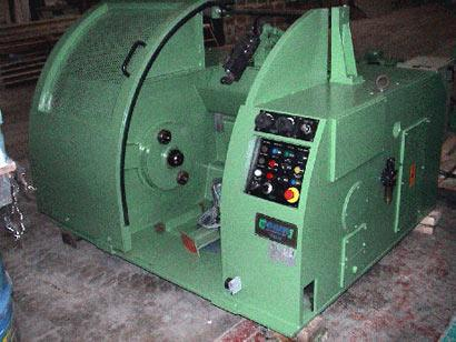 1 used single spooler TEAM, spool dia. max. 800 mm, year 1999, speed max. 12 m/sec., wire dia. max. 3,5 mm.