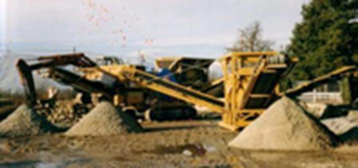 Macchinari al lavori in cava