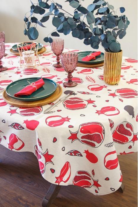 Linen tablecloth color garnets