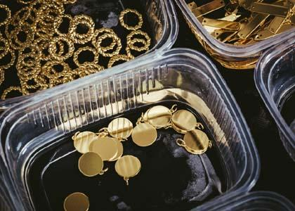 Gold-plated silver components