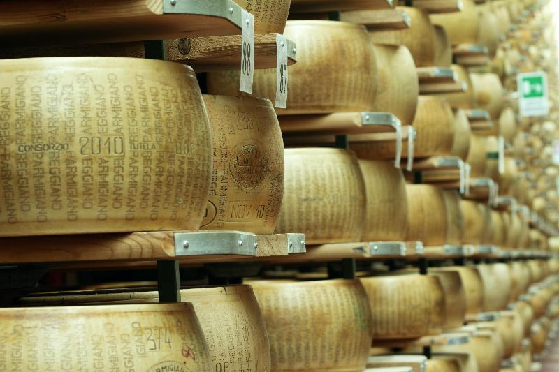 Parmigiano Reggiano DOP e Grana Padano DOP