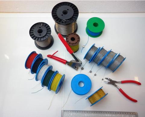 Spiral sealing wire