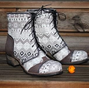 Handmade elegant woman ankle-boots from Nordic style ILOS-finished natural leather