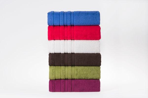 Colorido toalhas de banho