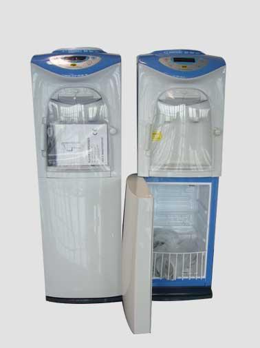 I nostri refrigeratori nella versione completa con un comodissimo vano frigo incorporato da 20l.