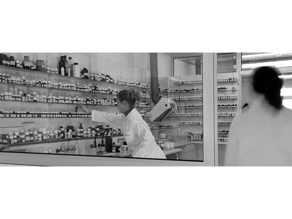Equipe d'aromaticiens et de techniciens