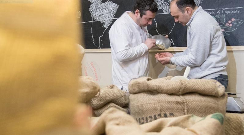 CHIXO' TORREFAZIONE CAFFÈ selezione accurata della materia prima