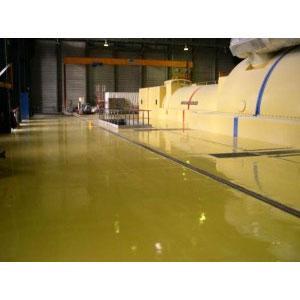 BP Autolissant est un revêtement de sol avec une surface lisse, appliqué dans tous les secteurs d'activités industrielles.