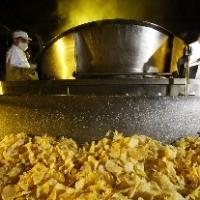 Our potatoes chips are made by respecting traditional know how, to guarantee the highest quality
