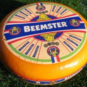 Beemster Käse - Frischer Holländer Niederländische Qualität, natürlich gereift, ohne Wachs!  - holl. Schnittkäse  - mindestens 48% Fett i. Tr.  - pasteurisierte Kuhmilch