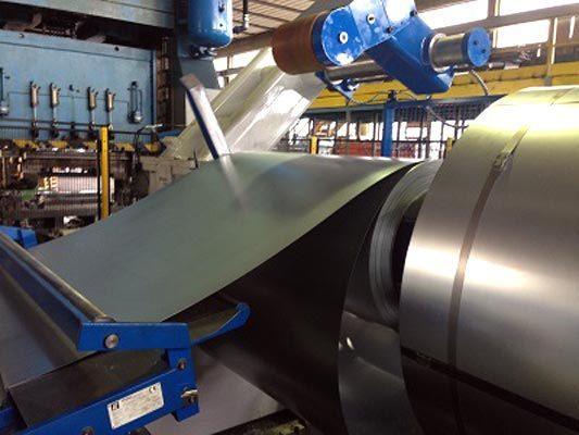 Stampaggio lamiere di acciaio ed alluminio.