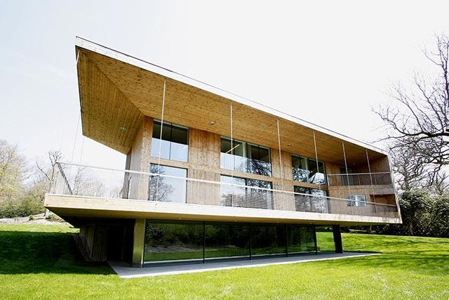 For more information about this picture, check our project gallery: http://www.iqglassuk.com/h/residential-projects/sweethaws/1167/