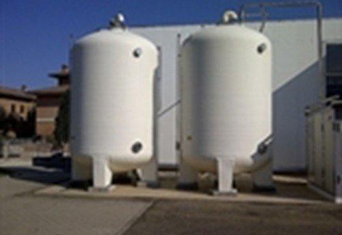 Silos, Behälter und Tanks aus GFK
