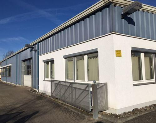 Firmengebäude Büro mit Produtkon