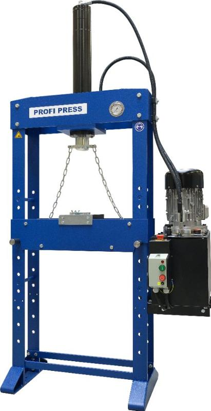 This hydraulic broaching press (15 ton) is made in the Netherlands. The press can be operated with a hand operated up/down valve, speed control valve and has an extra large piston stroke (600 mm).