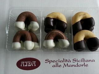 Specialità siciliane alle mandorle