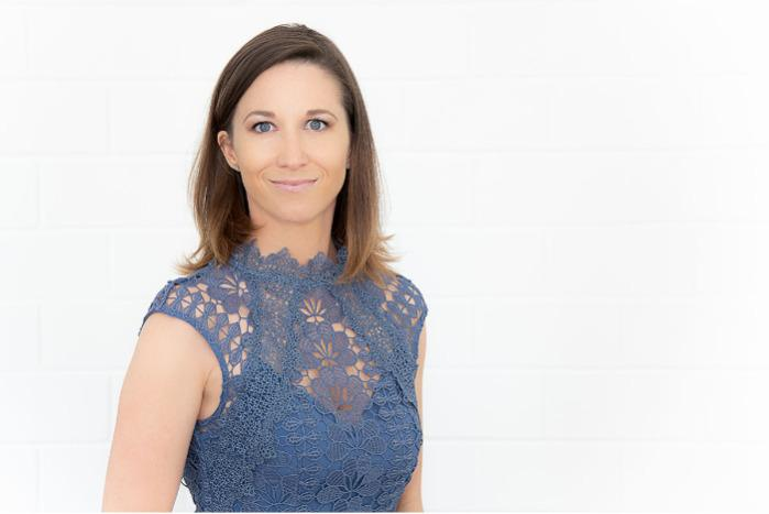 Janine Färber, Prokuristin
