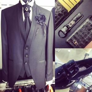 Cloth maketh the man.