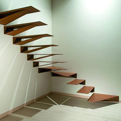 Las escaleras de Marretti son algo más que diseño, es alta costura en cada escalón. Escaleras de diseño italiano, directamente desde Florencia, cuna del arte y la belleza.