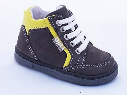 Kapchitsa B22 D4 - Baby Boots made from real materials