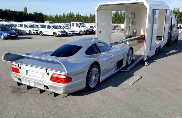 Une entreprise experte dans le transport de voiture de luxe
