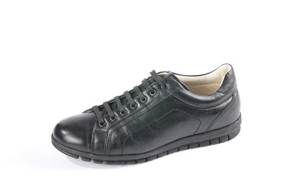 Color :  Black....Size: 39-45.....Material:  Genuine Leather..... Lining: Leather.....Sole: Rubber