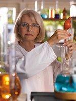 Dipl. Chem. Sybille Herr-Schemitz, Labor