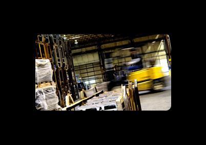 Impianti ed attrezzature per la produzione di prodotti chimici per la concia