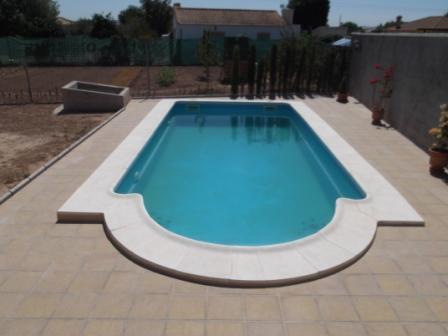 casco piscina de 8 x 4  totalmente montada
