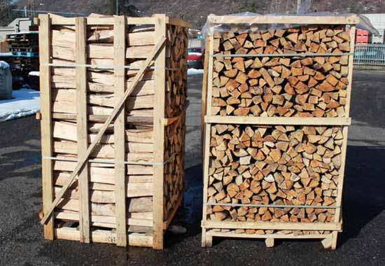 Legna da ardere in cassa da 1 x 1 x 1,80 mt. Ideale per pizzeria, camino e stufa