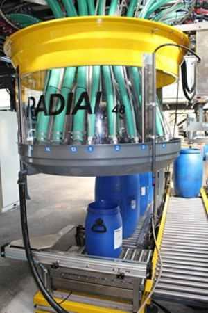 Sistema per il dosaggio automatico di precisione dei prodotti coloranti ed ausiliari. Soluzioni da 24-48-72 prodotti per dosatore