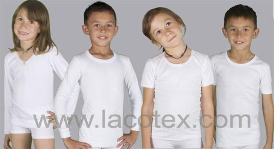 Ámplio surtido de camisetas interiores fabricadas en España.