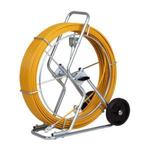 Schubstabil und dennoch sehr flexibel - dank des Polykat® Glasfaserbandes bietet der Röhrenaal® die Möglichkeit Kabel im Tiefbau problemlos auch über lange kurvenreiche Strecken einzuziehen.