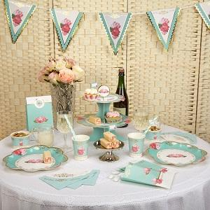Inspired by vintage tea sets, our Eternal Rose collection combines rich turquoise with pretty pink roses and delicate gold foil edging, giving it the flair of a bygone era.