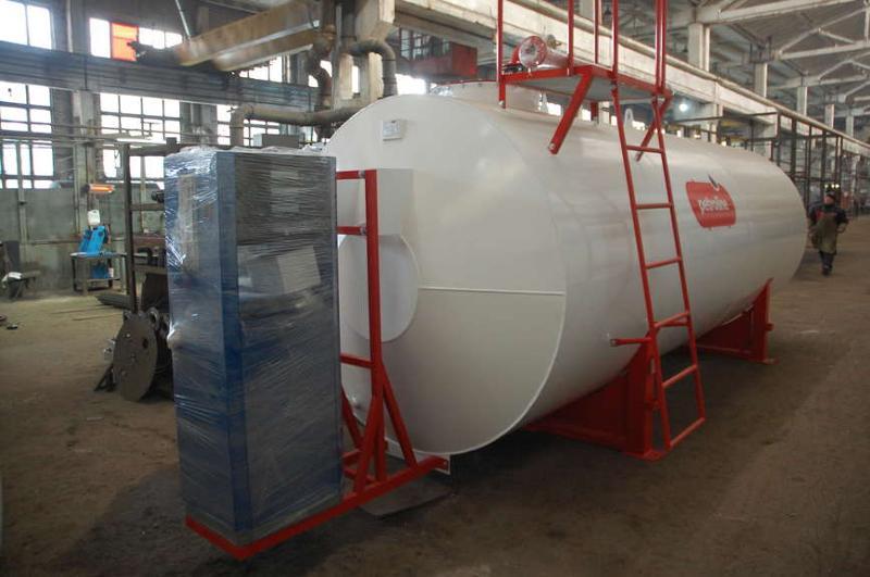 Steel storage and fuel dispensing tank