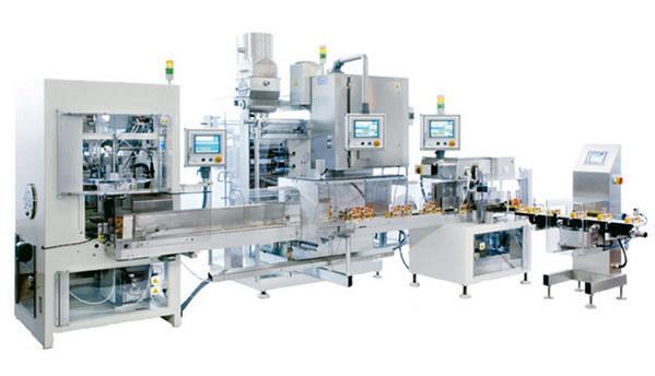 Linee automatiche complete di confezionamento composte da macchine imbustinatrici, formatrice scatole, gruppi di riempimento e chiuditrice scatolepiene.