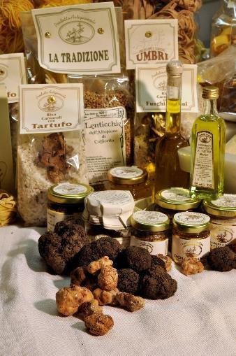 Discover our truffle deli on our website www.tartufibianconi.it
