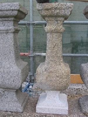 Restauración de balaustrada de piedra.