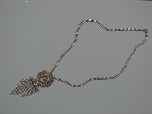 NECKLACE from CUP CHAIN .LIGHT WEIGHT. Available SILVER any CARAT GOLD .ZIRCONIUM DIAMOND