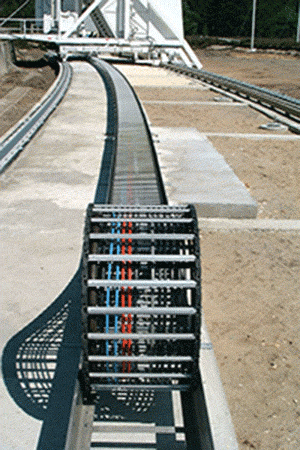 DECRIL manufacturer of cable track is a specialist has developped is one composite material