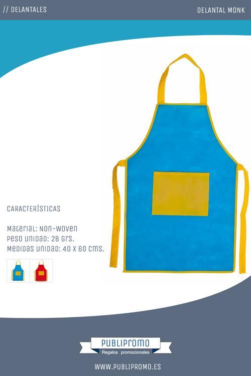 Delantales originales y divertidos con un color principal, rojo o azul, y un bolsillo grande central, dispuesto en el pecho, que junto con los ribetes y las cintas son en ambos casos de color amarillo
