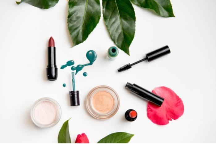 Création de maquillage sur mesure