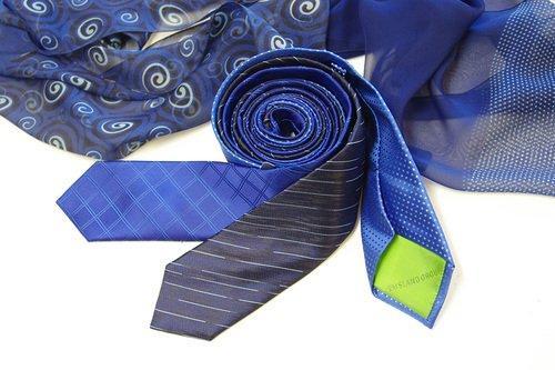 Krawatten gewebt mit Logo