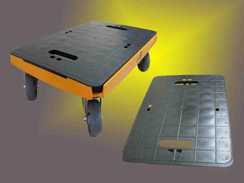 Transportroller mit Platte (Klicksystem für einfache Montage). Kann als Kistenroller oder mit Platte als Umzugshilfe mit bis zu 500Kg Tragkraft genutzt werden.