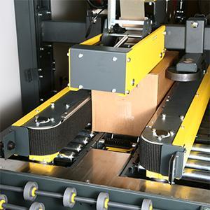 SIAT offre un'ampia gamma di macchine semi-automatiche e automatiche per il trattamento delle vostre scatole garantendo il miglior risultato: unità nastranti, nastratrici e sigillatrici a colla.