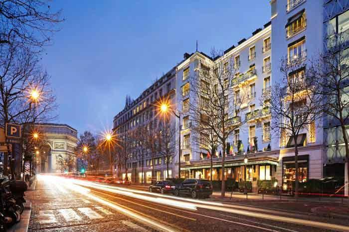 FACADE HOTEL NAPOLEON A PARIS