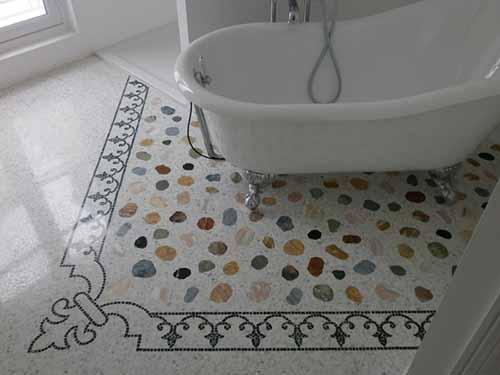Bathroom project with mosaics floor