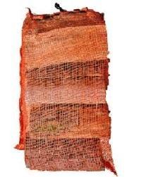 Produced from alder, black alder, birch. Kiln dried up to 20%. Billets 25 cm long. Crosscut 6 - 15cm. 2880 bags in a load.