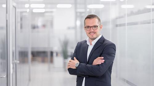 Ronny Schausten /CEO
